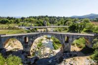 Photo du pont julien dans le luberon provence alpes cote d azur