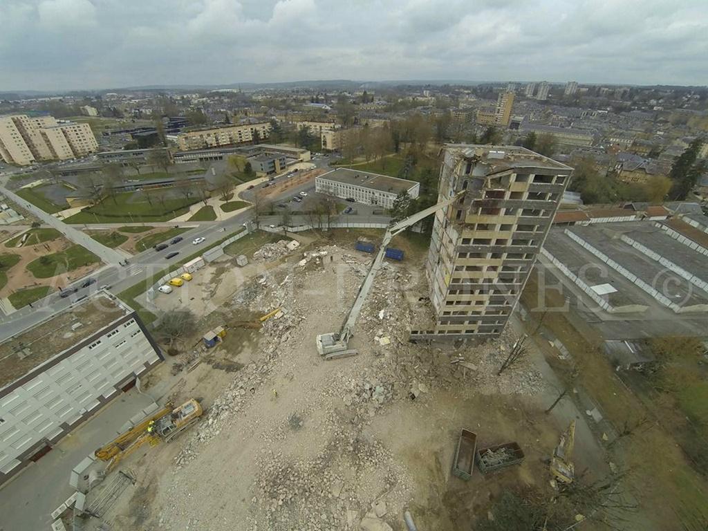 Chantier en vue aérienne photographier par drone