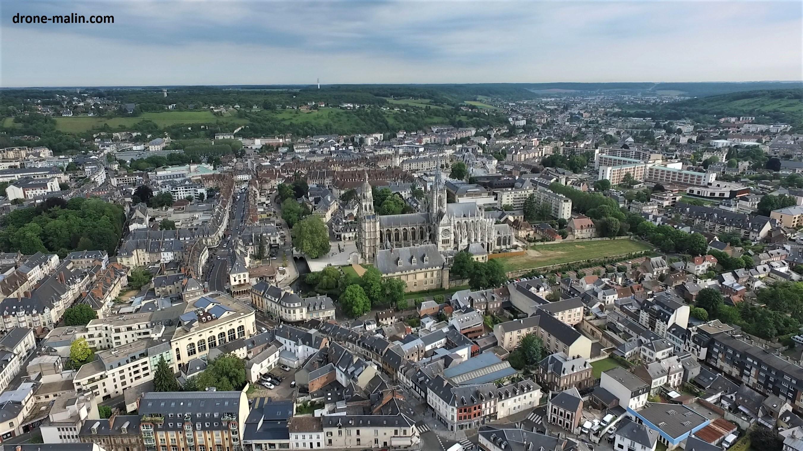 Evreux vue du ciel,  photo aérienne par drone