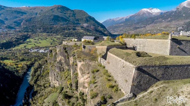 Haute-Savoie photo chateau en région Auvergne-Rhône-Alpes