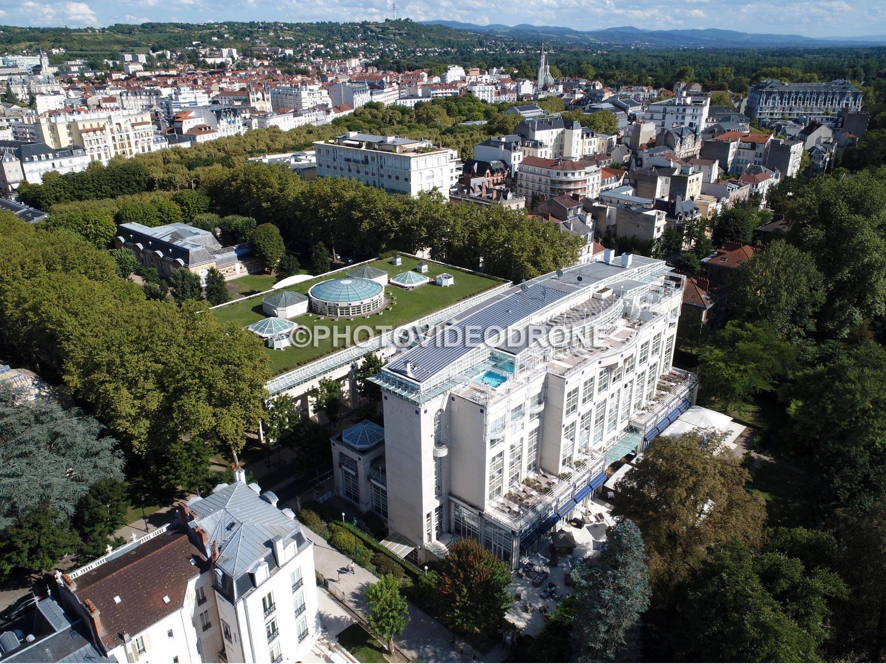 La ville de Vichy, photo aérienne par drone