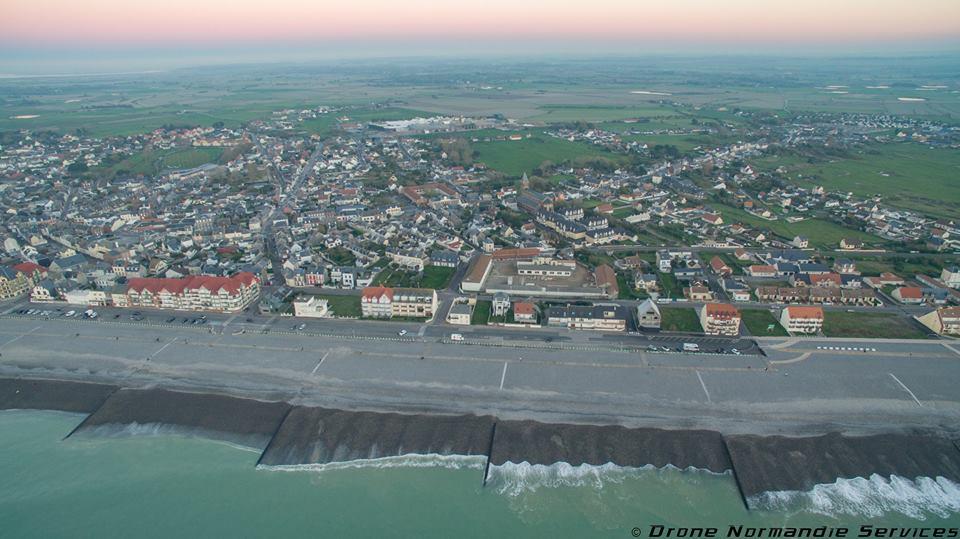Photo aérienne de Cayeux-sur-Mer village des Hauts de France.