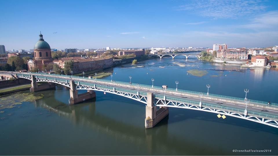 Photo aérienne de Toulouse photographie par un drone