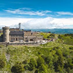 Photo aérienne par drone de l'Observatoire du Mont Aigoual