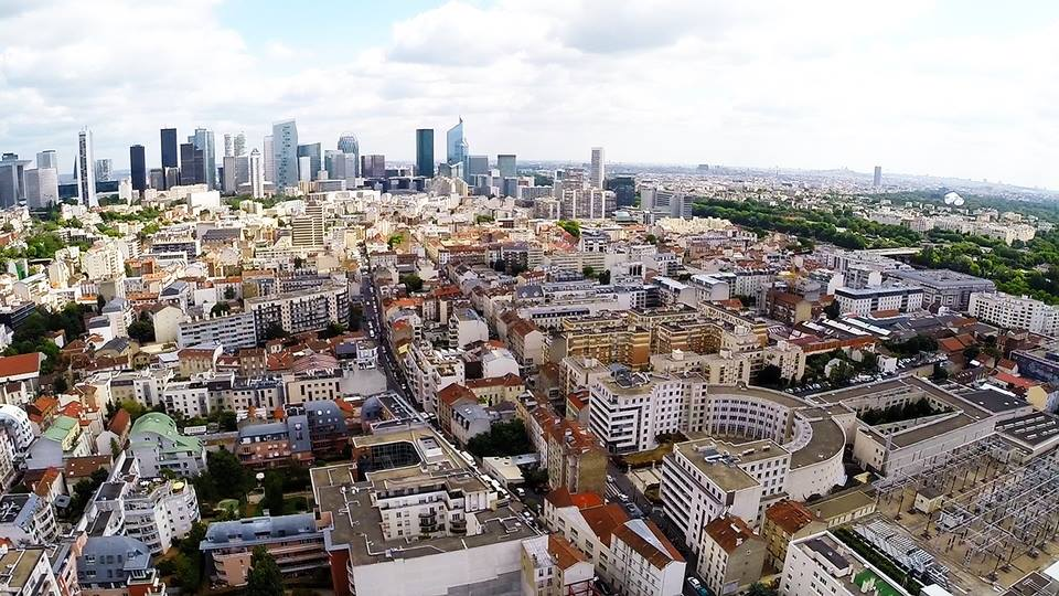 Photo a rienne de la seine saint denis vue du ciel par drone - Chambre de commerce seine saint denis ...