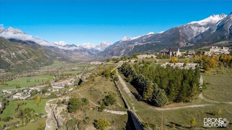 Photo de drone paysage montagne de Haute-Savoie en Auvergne-Rhône-Alpes