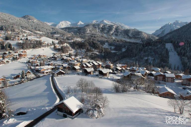 photograhie de St Jean de Six par un drone en Haute Savoie