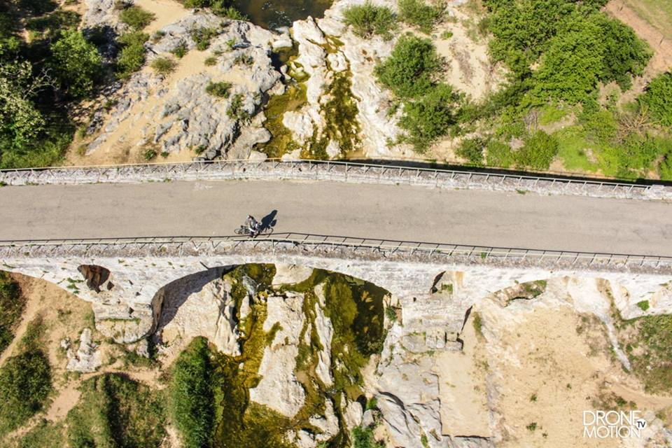Pont Julien dans le Luberon vue du ciel Provence-Alpes-Côte-d'Azur