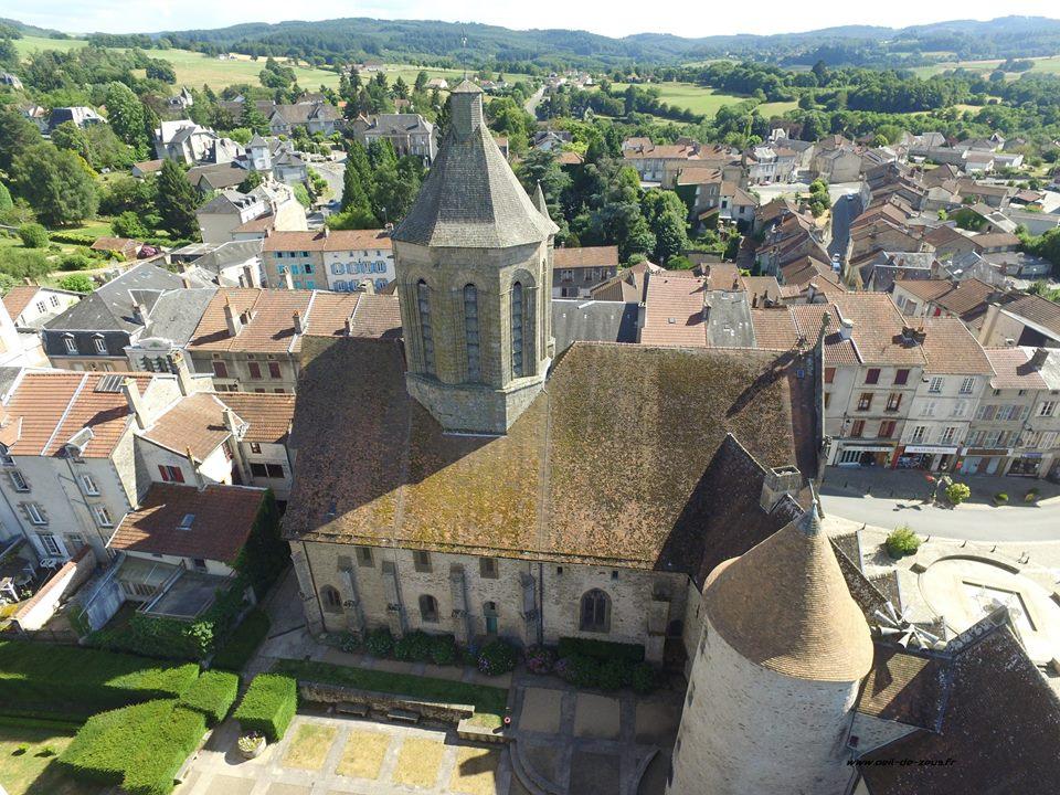 Prise de vue aérienne du village de Bourganeuf de la Creuse