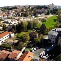 Ville de Rillieux la pape en vue aérienne de drone