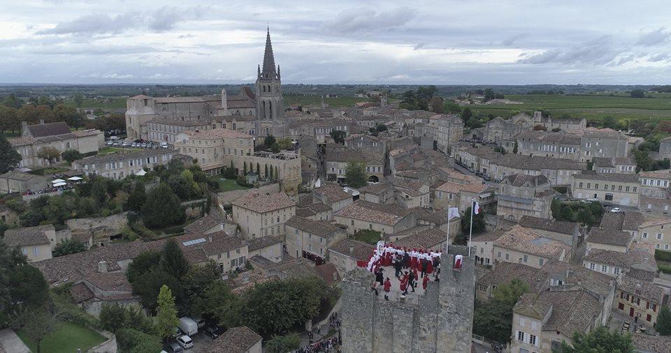 Saint-Emilion en vue aérienne par drone