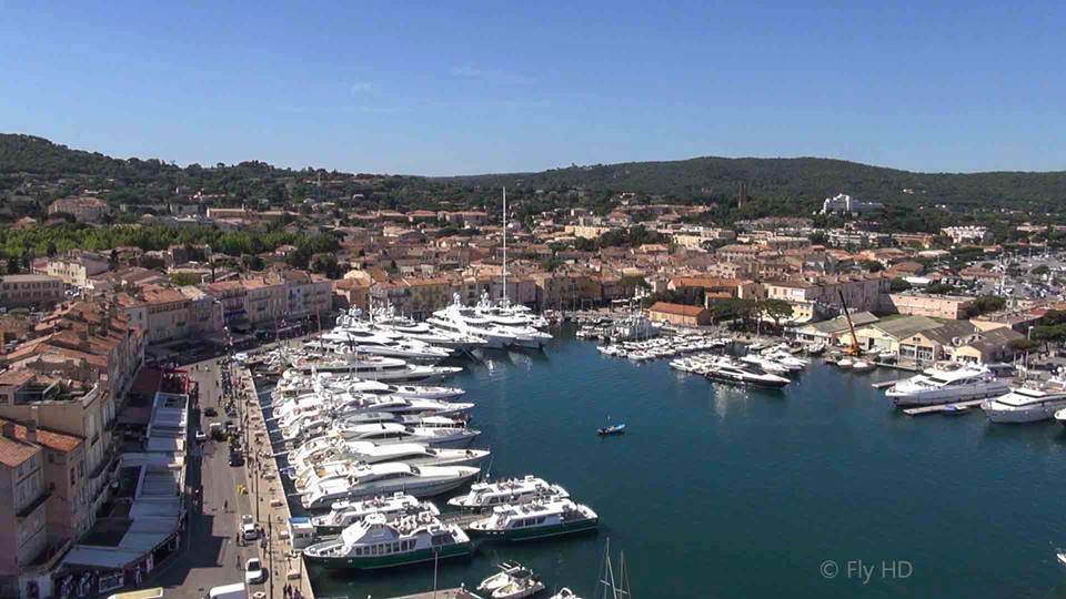 Saint-Tropez en vue aérienne photographié par drone
