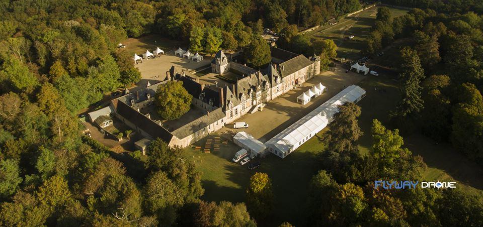 Tour-en-Sologne vue aérienne du château de Villesavin