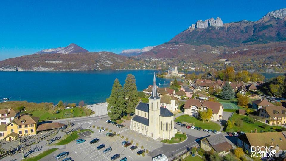Village de Duingt vue du ciel par un drone