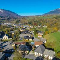 Village de Lescheraine photographié par un drone