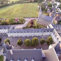 Village de Mesnières-en-Bray en Normandie vue du ciel