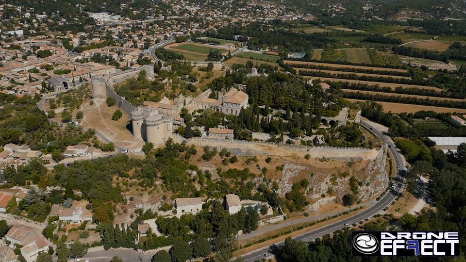 Villeneuve-lès-Avignon, Gard, en région Occitanie en vue aérienne