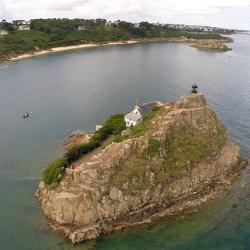 Vue aérienne de l'île Louët par drone dans le Finistère