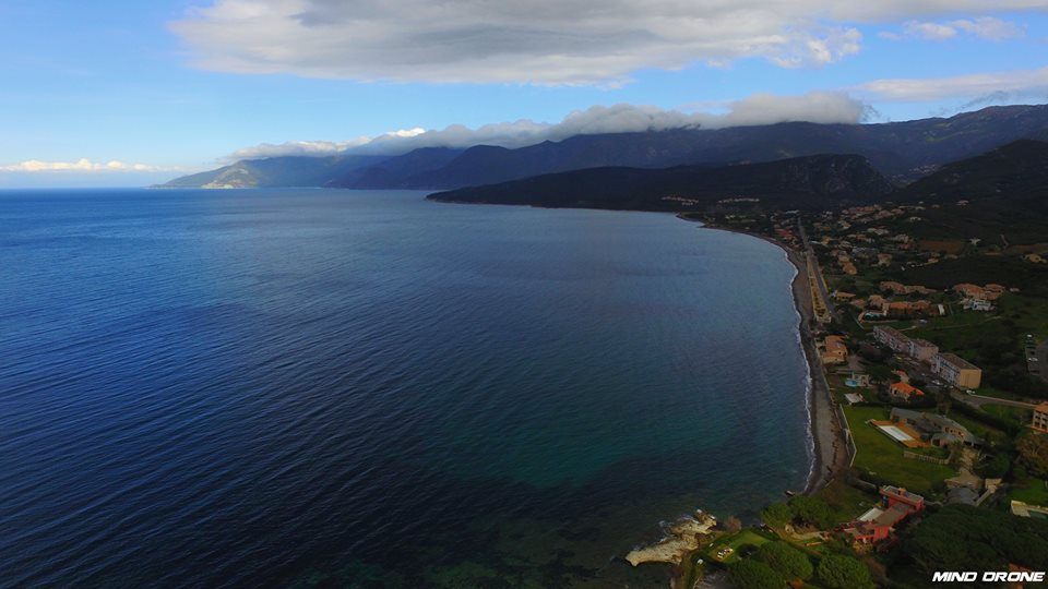 Vue aérienne de la Corse photographiée par un drone