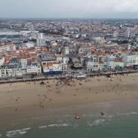 Vue aérienne de la ville des Sables-d'Olonne par drone