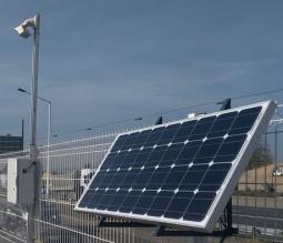 Camera pour time lapse alimentee par panneaux solaires