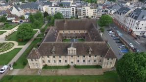 Conservatoire musique Evreux photographie par drone