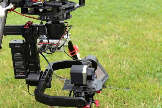 Nacelle gstabi H3 adapté sur un drone