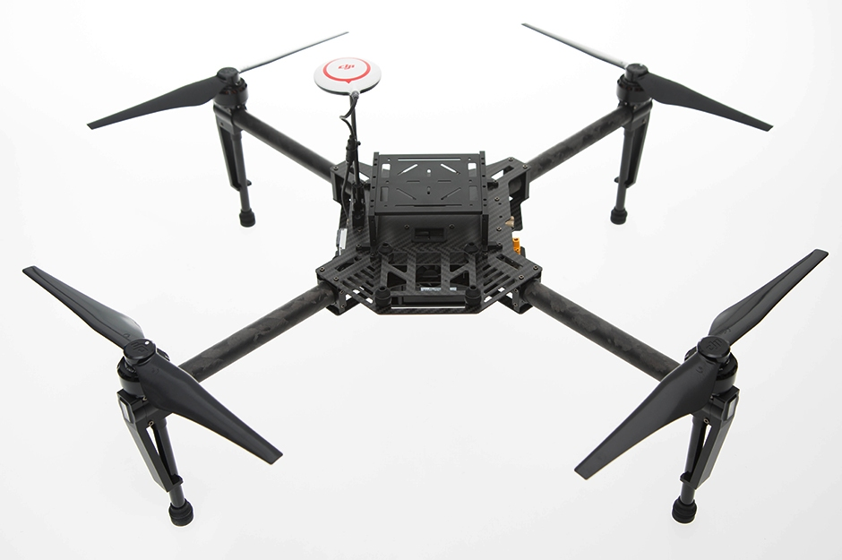 Drone DJI Matrice 100 multirotors