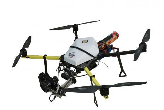 Drone quadricam tk pour prises de vues aériennes professionnels