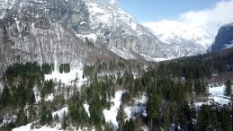 Filmer ou photographier avec un drone en hiver