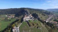 Fort de joux dans le doubs en vue aerienne par drone