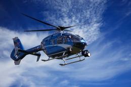 Hélicoptère pour prise de vue aérienne