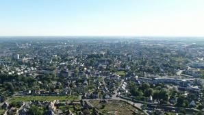 Image aérienne par drone de la ville Evreux
