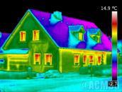 Image par drone camera thermique maison extérieure
