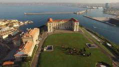 La ville de Marseille en vue aérienne par drone