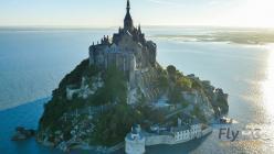 Le mont Saint Michel photographie par un drone