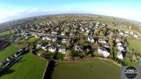 Maison et vue aerienne village photo de drone