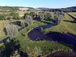Paysage de riviere dans la campagne