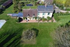 Photo aérienne bien immobilier par drone Angers Maine et Loire
