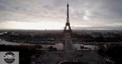 Photo aérienne de la tour eiffel a paris prise par un drone du Trocadéro
