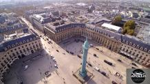 Photo aérienne de Paris par drone prise de la place Vendôme