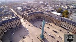 Photo aérienne de Paris par drone prise de la place Vendôme
