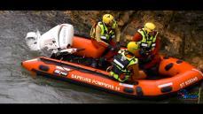 Photo aérienne de secours par pompiers et secouristes