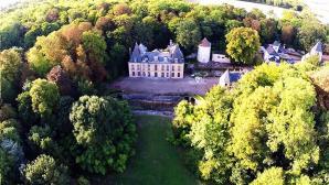 Photo aérienne par drone château d'Issou
