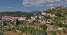 Photo aérienne par drone village de Provence-Alpes-Côte d'Azur dans le Var