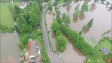 Photo aérienne parcelle agricole inondée