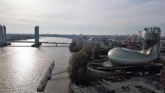 Photo de Bordeaux et la garonne en vue aérienne par drone