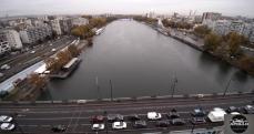 Photographie aérienne par drone d un pont sur la Seine proche paris