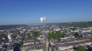 Photographie aérienne par drone du coq de la cathédrale Evreux