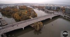 Pont d'Issy-les-Moulineaux en vue aérienne par drone